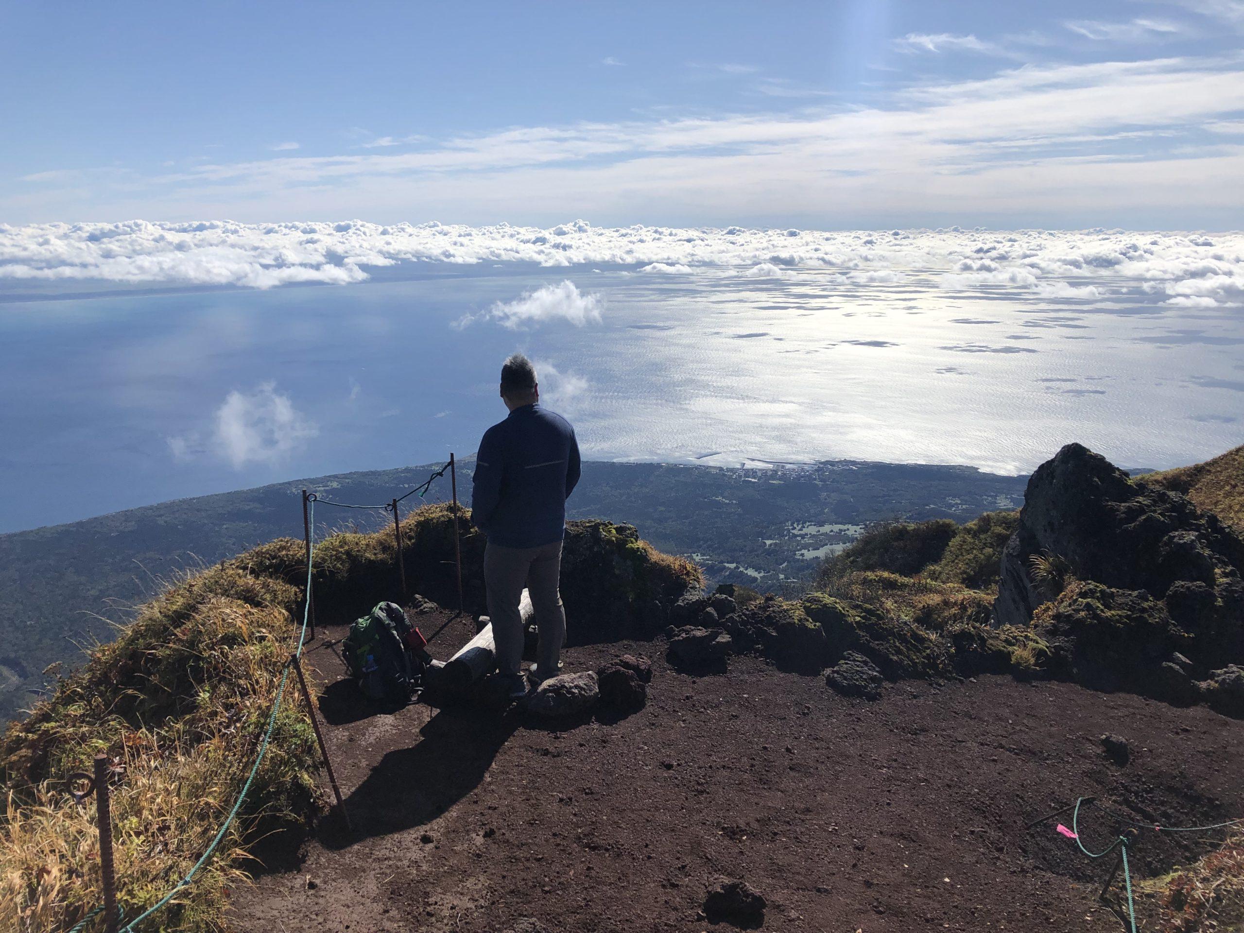 利尻富士・観光ホテル・登山レビュー【標高1,721mから眺める360度のオーシャンビュー】 | Furublog