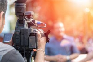 解雇・失業保険者を探す・テレビ・街頭インタビューされやすい人『新橋編』