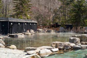 緑の風リゾート・きたゆざわ・温泉・150坪の大露天・北海道