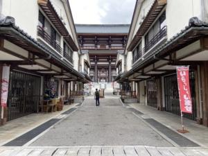 リアル「千と千尋の神隠し」・越前大仏・五重塔・日本一・廃墟・アクセス