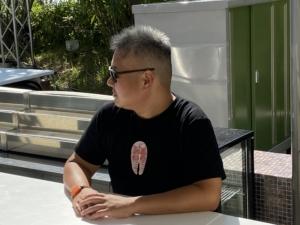サケT(サケの切り身Tシャツ)がようやく完成・撮影会が撮りおこなわました
